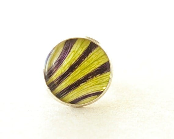 Real Petunia Petals Striped Ring - Funny Botanical resin jewelry - Petunia hybrida
