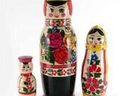 Matryioshka Nesting Doll Russian Family (code OR118)