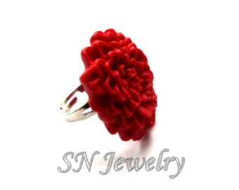 SALE Red Flower Ring. Red Chrysanthemum Adjustable Ring. Polymer Clay Floral Ring. Red Jewelry. Flower Jewelry.