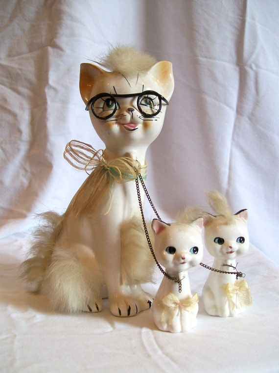 Vintage Cat and Kittens with glasses and chain