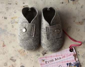 BABY FELT SHOES Boy and Girl - Newborn also available - Natural Grey 100% Wool Felt shoes