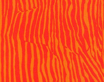 Wrinkle by Brandon Mably - PWBM018, Red - 1/2 yard cotton quilt fabric 516