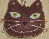 Happy cat felt ornament