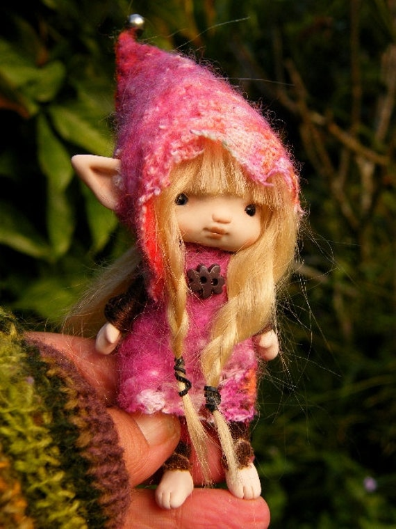 sweet tiny  posable ooak fairy fairie elf