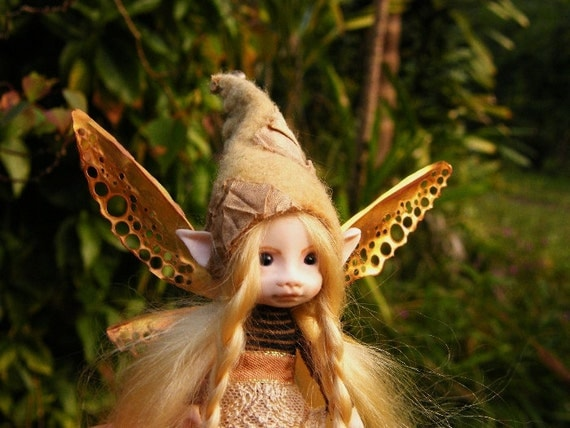sweet 5in posable forest  fairy fairie with removable wings ooak