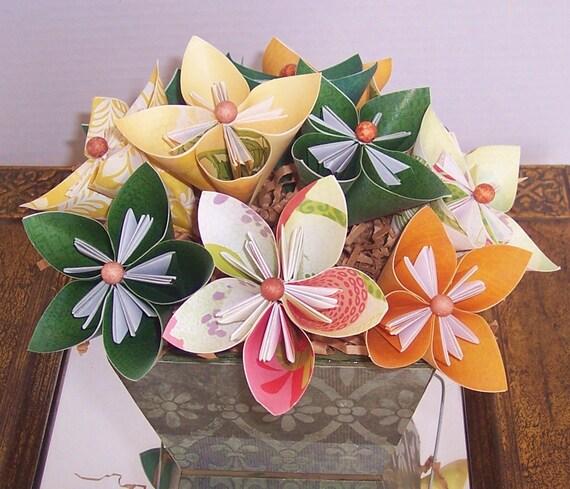 Paper Flowers - Origami paper flower floral arrangement