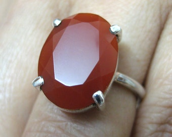 925 Sterling Silver Ring studded Fine Quality Faceted Red Onyx Oval Shape Gemstone , Stone size - 16x12 mm , Ring Size - 5.25 US no.