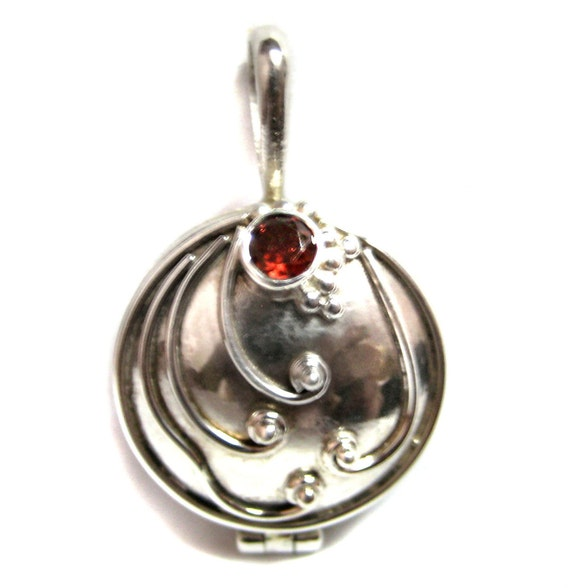 925 Sterling Silver Box Pendant Studded Faceted Garnet Gemstone VAMPIRE DIARIES inspired Elena Vervain Locket Verbena herb Aroma Therapy