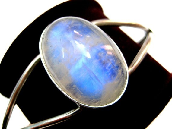925 Sterling Silver Cuff Bracelet studded with fine quality Blue Flashy Rainbow Moonstone Oval Shape Cabochon