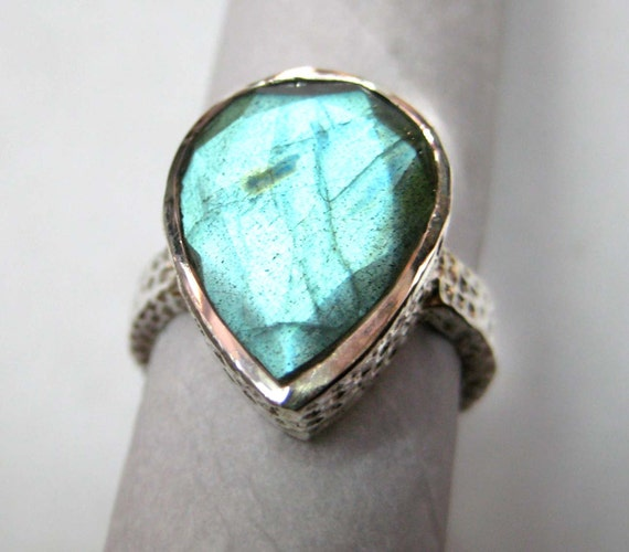 Huge Labradorite studded 925 Sterling Silver Hammered Ring , Fine Quality Labradorite Blue Flashy Pear Drop Faceted Gemstone