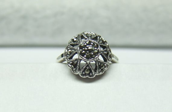Sterling Silver Ladies Ring With Marcasite Stones