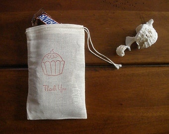"""Muslin Favor Bags - 25 4x6"""" Hand Stamped Cupcake Thank You"""