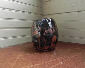 Dark Pinch Jar, Vase