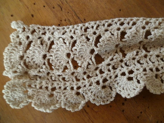 French Vintage Crochet Lace Hand Made Trim Crafts Edwardian Art Nouveau approx. 4 yards
