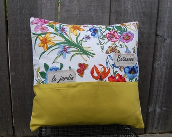Vintage Flower Garden Pillow (french)