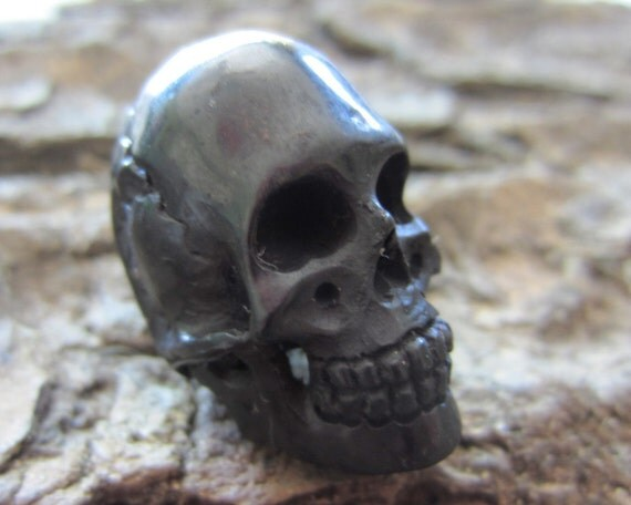 3-D SKULL Carve in Buffalo Horn,Horn Carving, Jewelry making Supplies S1011