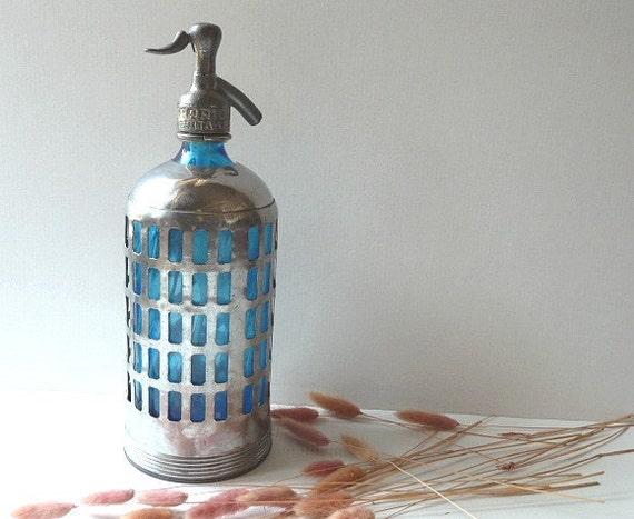 Antique  BLUE old  Seltzer BOTTLE .