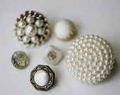 Pearl Buttons, Vintage Pearl Buttons, Vintage Antique Buttons.