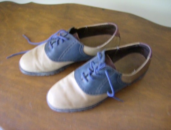 Saddle shoes size 7 M  made in USA