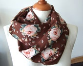 Roses floral infinity scarf,  Spring Infinity scarf loop circle, floral hipster scarf, Mother's Day perfect gift feminine floral