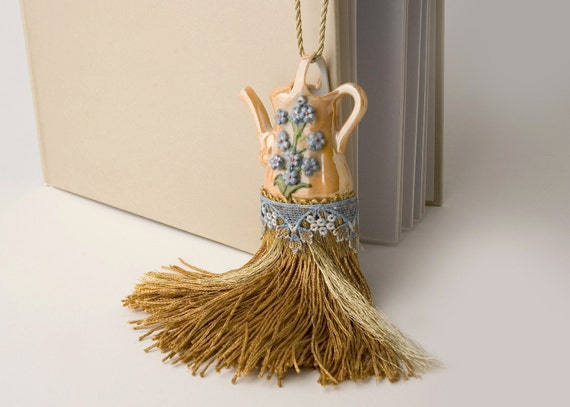 Sweet holiday gift - Little Teapot Tassel - READY TO SHIP