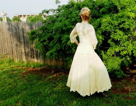 Vintage Ivory Lace Wedding Dress Tea Length Full Slip Lace