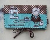 La poche de couture brown sewing kit