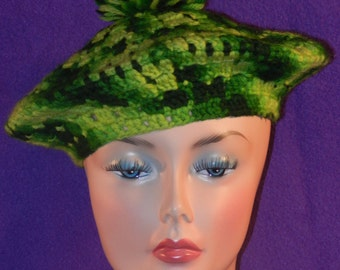 Vintage Handmade Irish Green Crochet Tam with Pom Pom Under 20