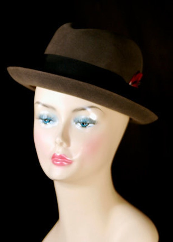 Vintage Dobbs Fifth Avenue Men's Fur Felt Fedora in original Dobbs Fifth Avenue Box under 100