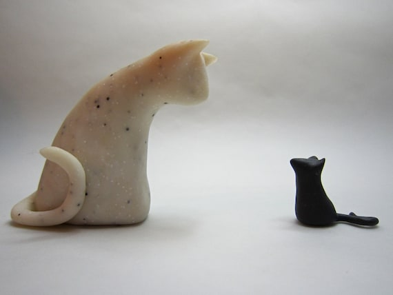 Little white sparkle granite cat and tiny mouse pair sculptures decoration hand made OOAK