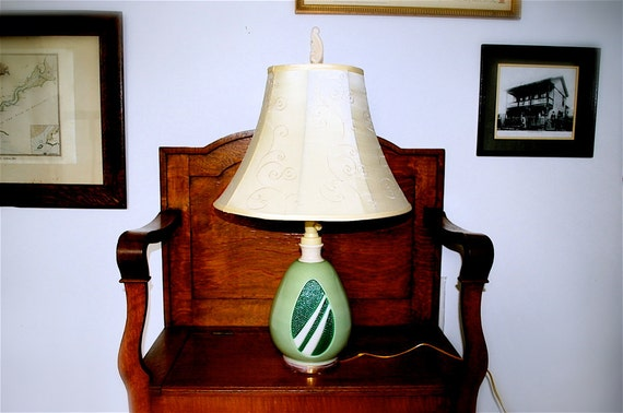 Aladdin Glass Lamp with Lighted Base, 1952, Original Finial