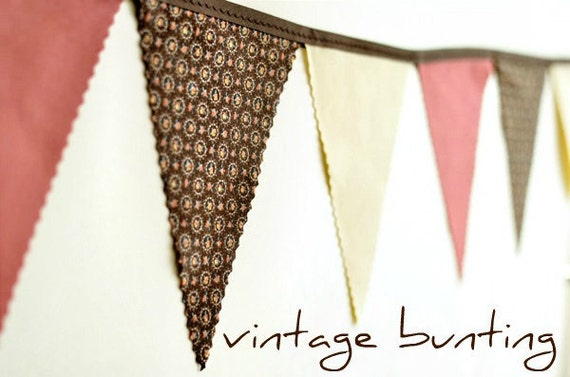 Rustic - Vintage Bunting Banner with 12 Flags