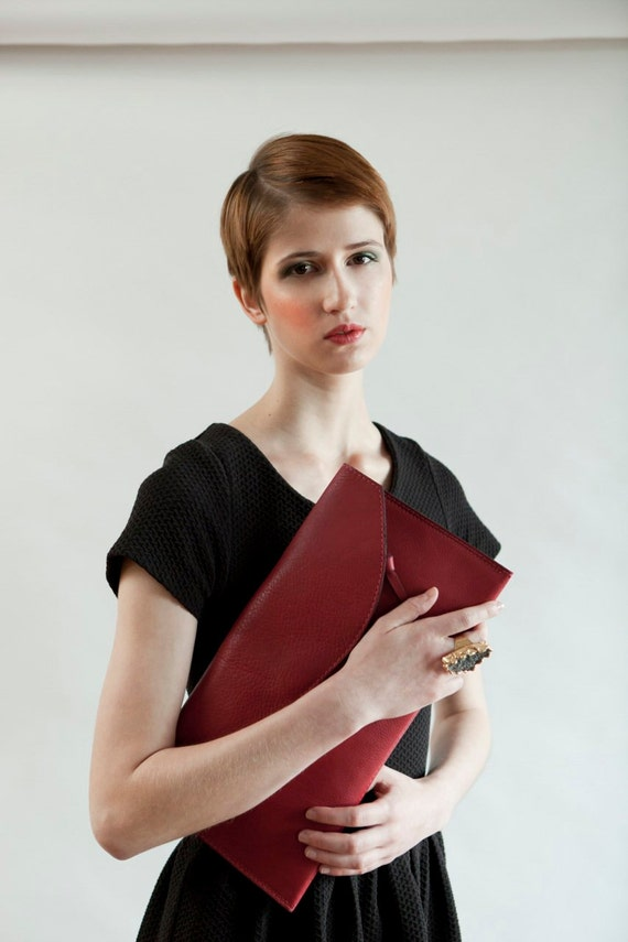 Leather Bag - Fabulous lipstick red oversized clutch with zipper pocket - Large