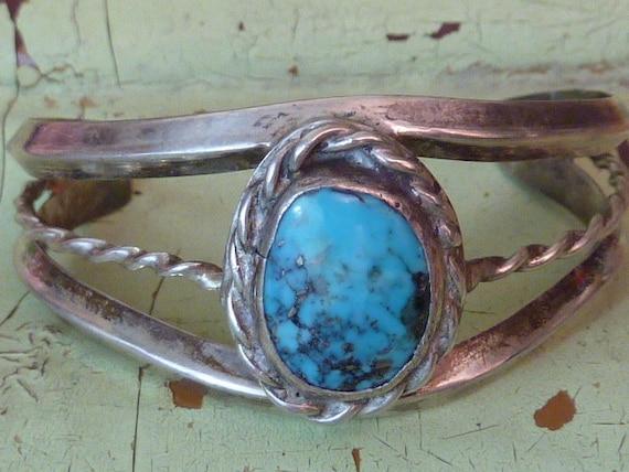 VINTAGE NAVAJO TURQUOISE child's sterling bracelet