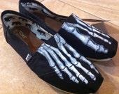 TOMS Shoe Skeleton Feet