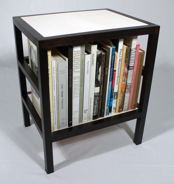 B&W Bookstand