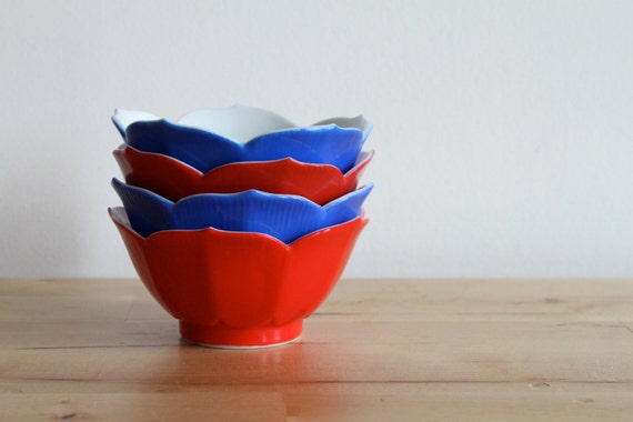 Lotus Tulip Cups in Red, White and Blue - 1960s Bowls Made in Japan (Set of 4) - Great for Fourth of July Picnic