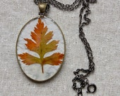 pressed leaf necklace autumn fall colors handmade resin jewelry woodland beautiful pendant natural botanical jewelry