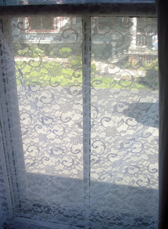 RESERVED EVE LYN    Vintage Lace White Floral 3 yards plus
