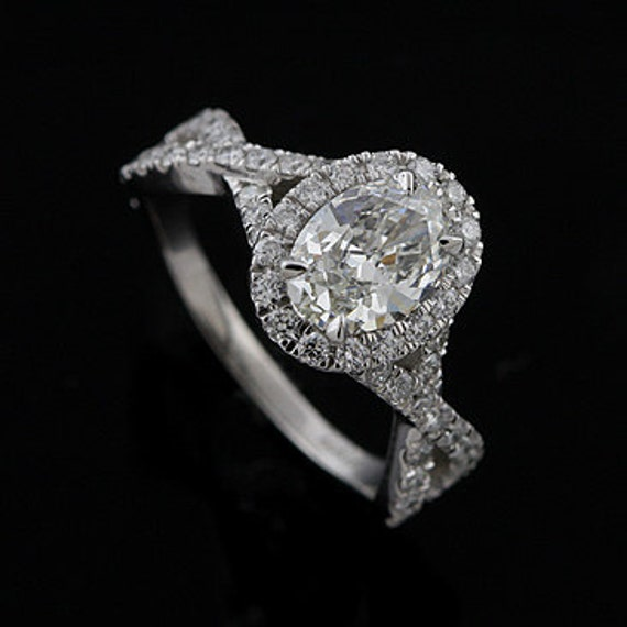 Intertwined Shank Diamond Halo Engagement Ring Mounting in Platinum
