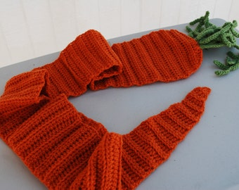Crocheted carrot scarf