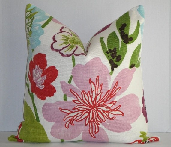 Large Flower Throw Pillow : Decorative Pillow Cover / Large Floral / Pink / Green / Red