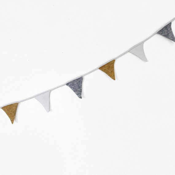 Flag GARLAND, bunting, knitted - grey, yellow, white