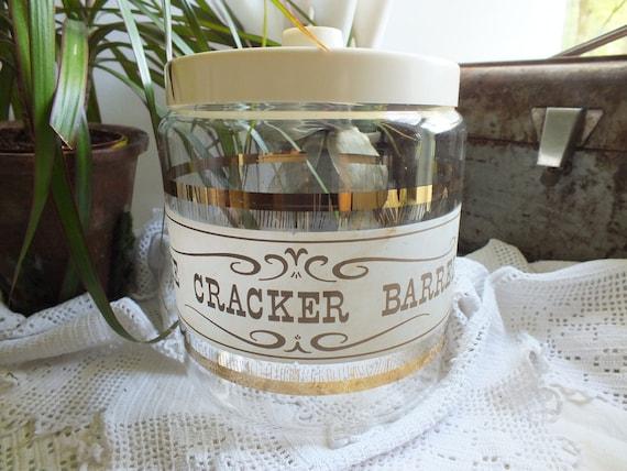Vintage Pyrex cracker barrel
