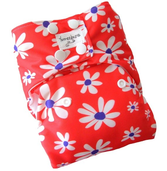 Red White Daisies One Size Cloth Diaper with PUL Snaps - Newborn Toddler