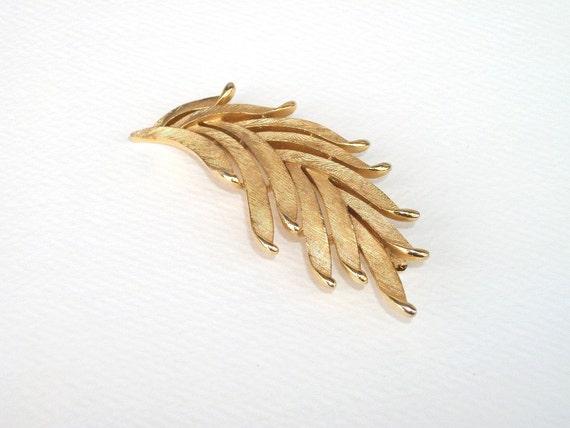 Vintage Crown Trifari Leaf Brooch