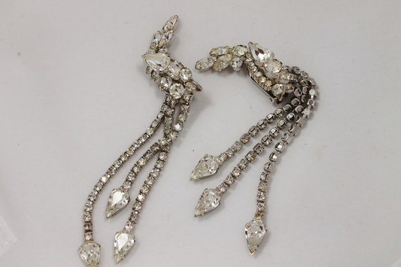 Vintage jewelry earrings silver tone rhinestone 5 inch earrings bridal wedding sparkling clear crystal rhinestones