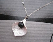 necklace---silvery Calla Lily pendant with black agate bead
