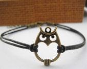 bracelet---antique bronze owl pendant & brown leather chain