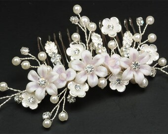 Elegant Vintage inspired Bridal Hair Comb, Bridal Hairpiece, Pearl Hair Comb, Bridal Head Piece, Floral Hair Comb, Floral Hairpiece